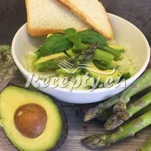Šťavnatý chřestový salát