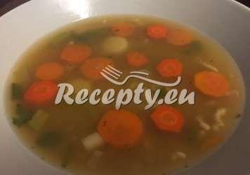 Zeleninová polévka s chřestem Recepty z bílého a zeleného chřestu