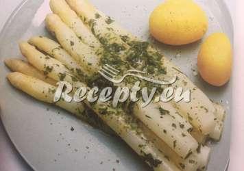 Chřest přelitý holandskou omáčkou Recepty z bílého a zeleného chřestu