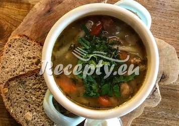 Chřestová polévka s hříbky