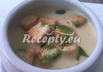 Ivančická chřestová polévka Recepty z bílého a zeleného chřestu